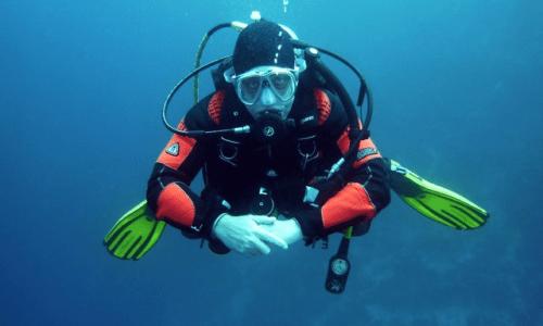 Respekter dykkerbøjen – sådan undgår du påsejling af dykkere