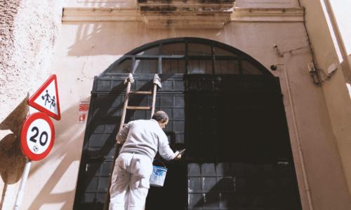 Book en bilig maler i Viborg online